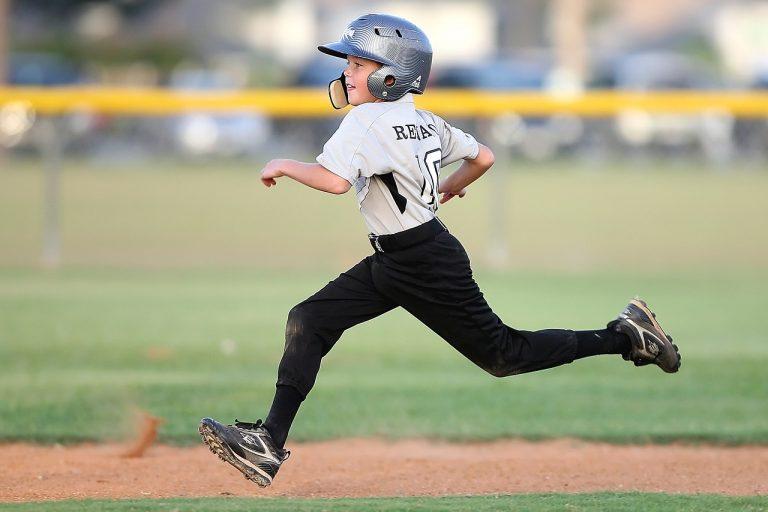 baseball, player, running-1544472.jpg